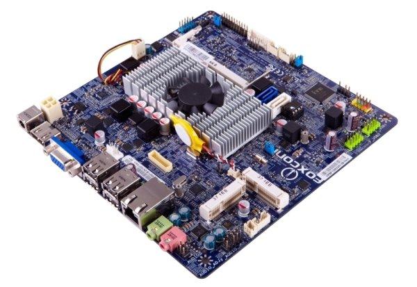 На платах Foxconn T70S-F и T70S предустановлены двухъядерные процессоры Intel Celeron 1037U