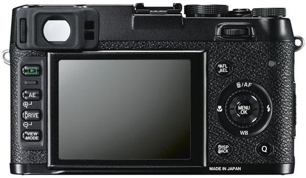 Рекомендованная розничная цена камеры Fujifilm X100S на российском рынке — 47 999 рублей