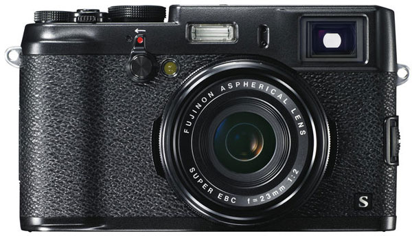Рекомендованная розничная цена камеры Fujifilm X100S на российском рынке - 47 999 рублей