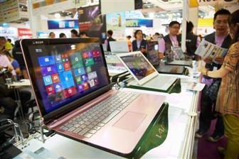 По мере того, как ослабевает интерес потребителей к планшетам, производители снова переключают фокус на ноутбуки