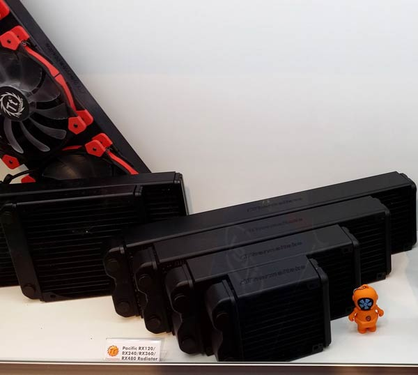 � ������� Thermaltake Water 3.0 ����� ������� ����������� ����������, � � ������� Pacific � ���������� ��� ���