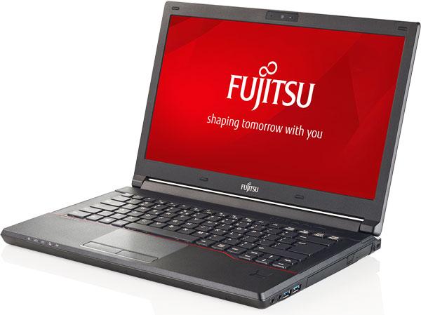 Ноутбуки Fujitsu LifeBook E544 и E554 различаются размерами экранов, массой и габаритами