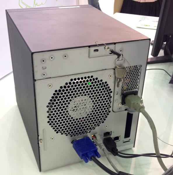 ���������� Acer Altos C100F3 ��������� �� ���� ���������� �������� ��������