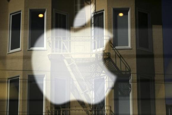 В случае одобрения судьей соглашение позволит Apple избежать суда