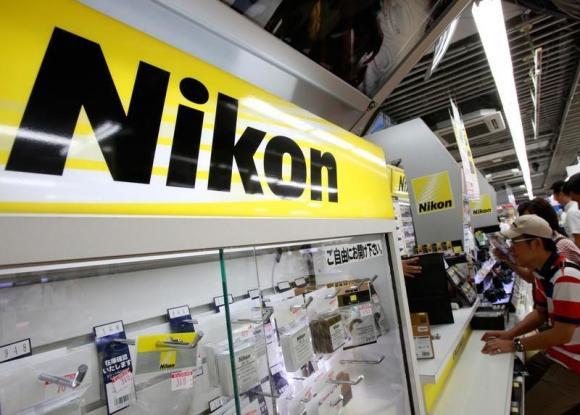 Nikon ���������� ����������� ������������ � ������ �������� �����