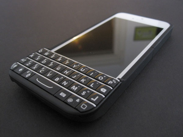 Typo Keyboard Case BlackBerry