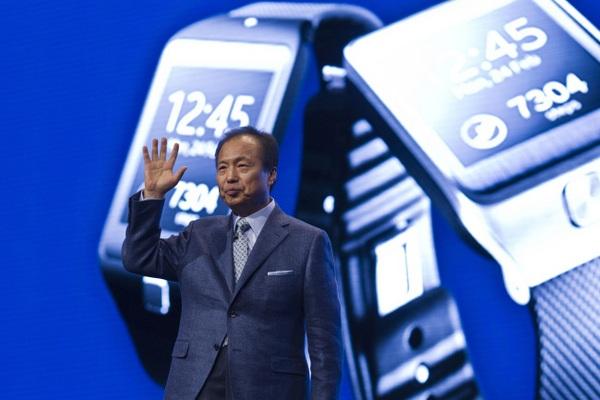 Samsung «умные» часы с поддержкой SIM