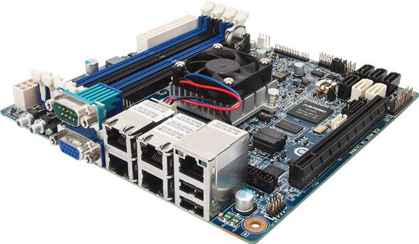 ������������ ��������� ����� Gigabyte GA-9SISL ����������� mini-ITX
