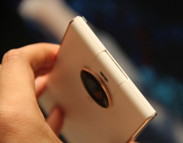 смартфон Doov V1