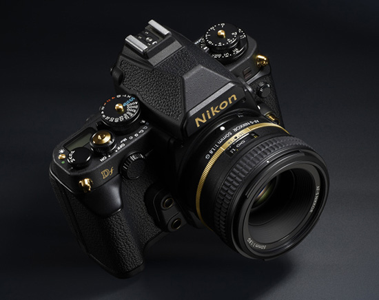 ������ Nikon Df Gold Edition ����� �������� ������� �� 1600 ����