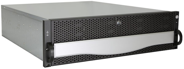 Основой Q500 служит платформа Intel Briarwood