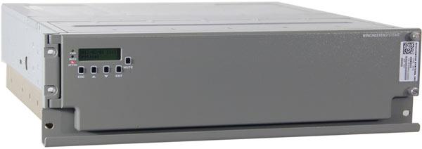 Семейство массивов накопителей Winchester Systems FlashDisk включает в модели с числом отсеков до 24