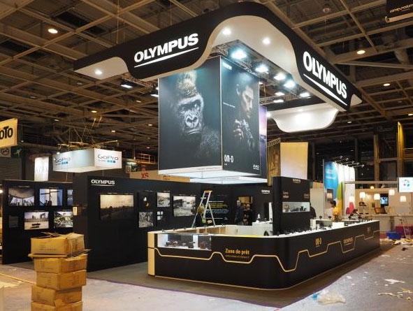 �� ��������� ���������� �������� ��������� ���������� Olympus 7-14mm F/2,8 � 300mm F/4,0