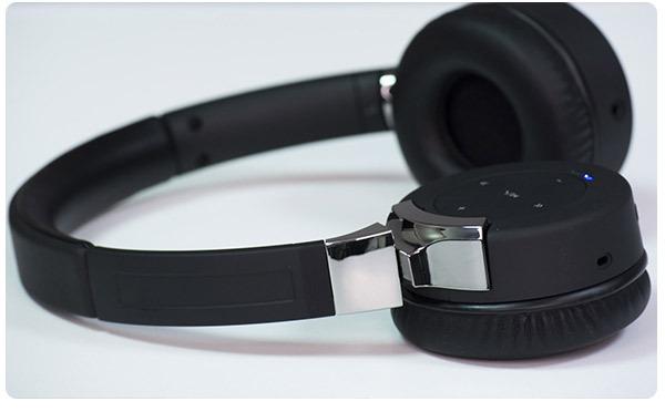 Первые покупатели получат XTZ Headphone Divine в канун Рождества
