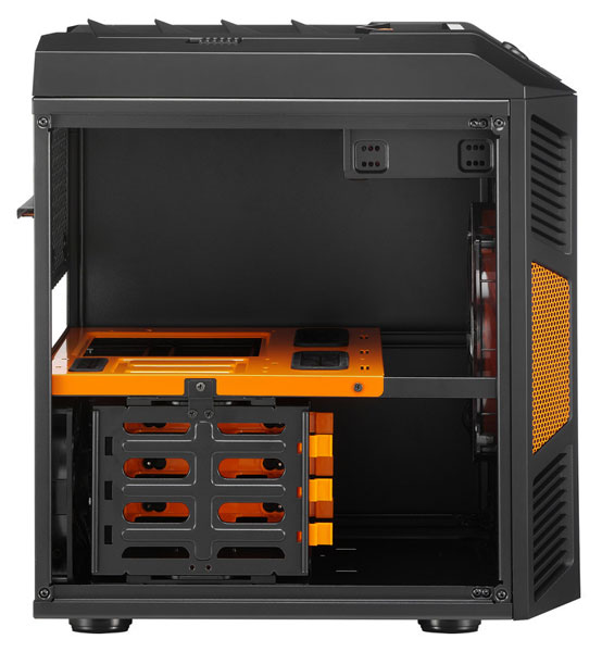 � ������� Aerocool Xpredator Cube ����� ���������� �� ����� ������������