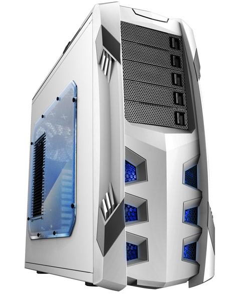 Корпус Raidmax Vampire Winterfall вмещает системные платы типоразмера XL-ATX и до 10 карт расширения