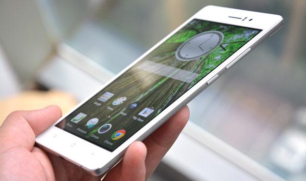 Oppo R5 - самый тонкий смартфон в мире, его толщина равна 4,85 мм