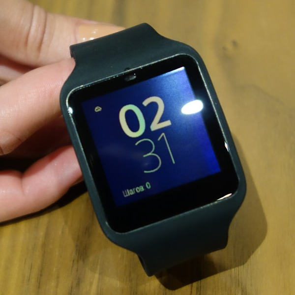 Умные часы Sony Smart Watch 3