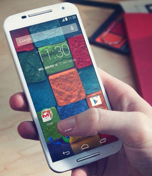 Конфигурация Moto X включает 2 ГБ оперативной памяти и SoC Qualcomm Snapdragon 801