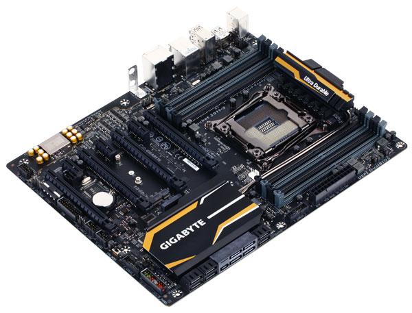 Системная плата Gigabyte X99-SLI поддерживает память вплоть до DDR4-3333