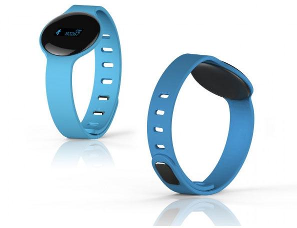 Умные часы Hannspree Smartwatch оснащены монохромным дисплеем PMOLED