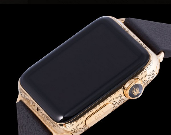 Открывает линейку Apple Watch Epoca Imperia Peter I за 182 тыс. руб.