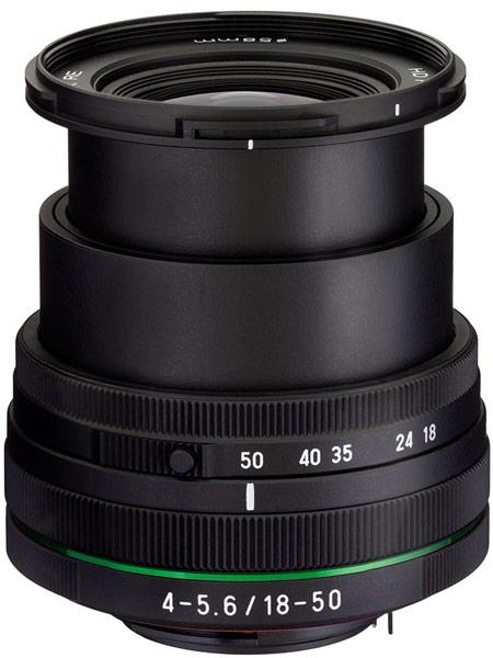 Производитель называет объектив HD Pentax-DA 18-50mm F4-5.6 DC WR RE самым коротким в своей категории