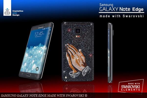 Всего для создания эксклюзивной версии мобильного устройства понадобилось 1800 кристаллов