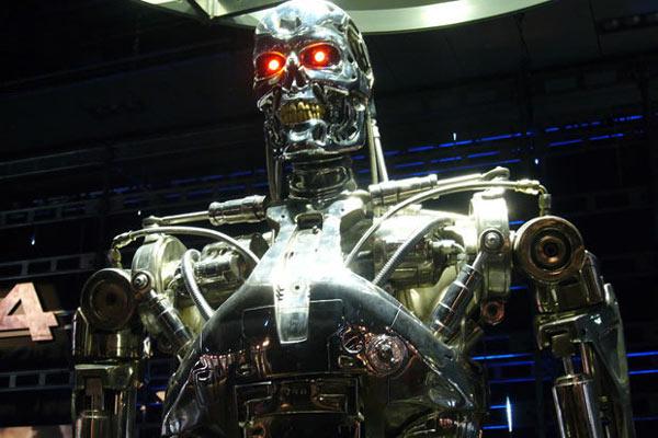 Элон Маск назвал искусственный интеллект наибольшей угрозой существованию человечества