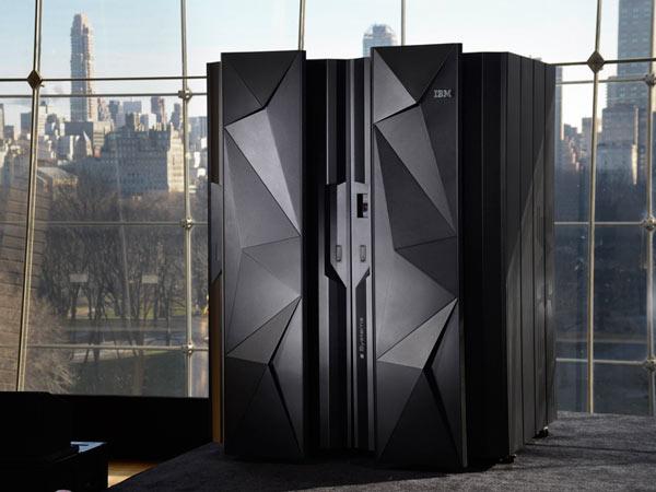 Производитель называет IBM z13 самыми мощными и безопасными мейнфреймами