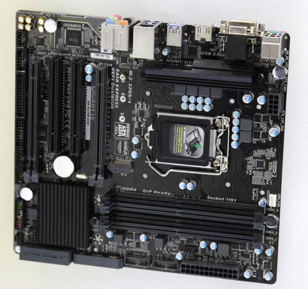 Подсистема питания процессора на плате Gigabyte B150M-D3H выполнена по схеме с шестью фазами