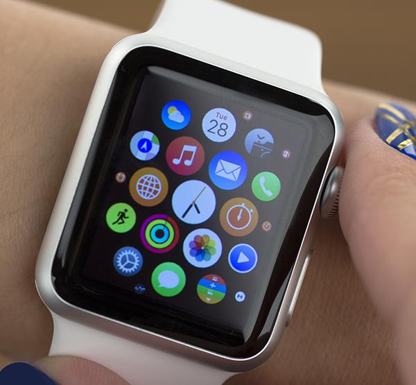 LG-budet-edinstvennym-postavshhikom-p-OLED-dlya-Apple-Watch