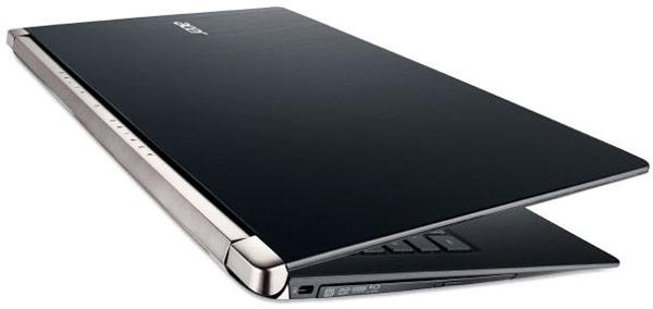 Графические процессоры GeForce GTX 960M, 950M, 940M и 930M построены на архитектуре Maxwell, 920M — на архитектуре Kepler