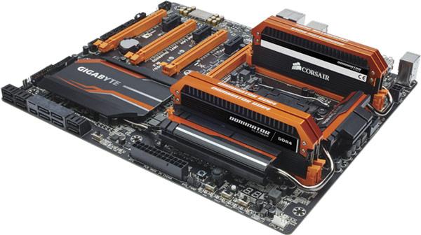 Набор модулей памяти Corsair Dominator Platinum DDR4-3400 Limited Edition Orange оценен производителем в $1000