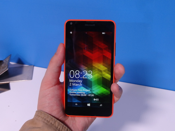 Представлены смартфоны Microsoft Lumia 640 и 640 XL