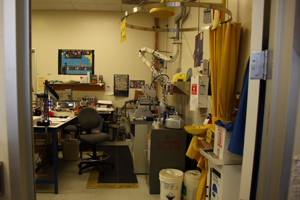 тестовая лаборатория Nvidia с говорящим названием Failure Lab