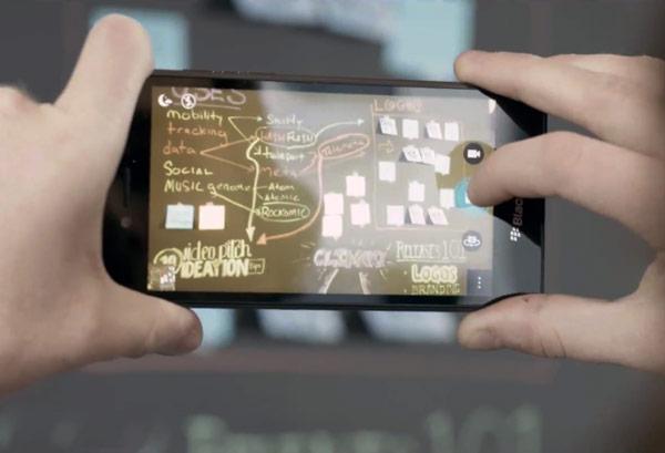 Пятидюймовый смартфон BlackBerry Leap стоит $275