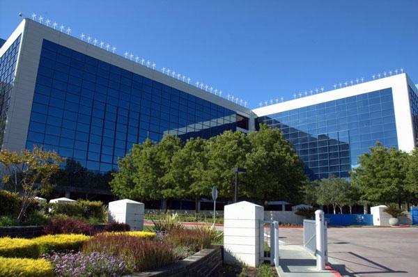 На крыше штаб-квартиры Intel появилось 58 ветряков