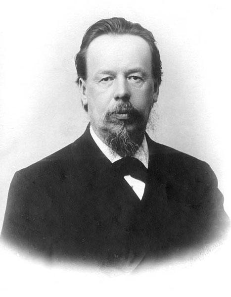 Традиция торжественно отмечать День радио зародилась в СССР в 1925 году