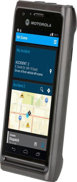 В оснащение Motorola Solutions LEX L10 входит тангента и два громкоговорителя мощностью по 1 Вт