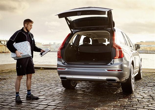 Volvo представила сервис доставки товаров в автомобиль
