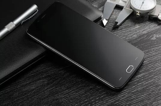Бюджетный смартфон Doogee Y200 получит камеру с максимальной диафрагмой F/1,8