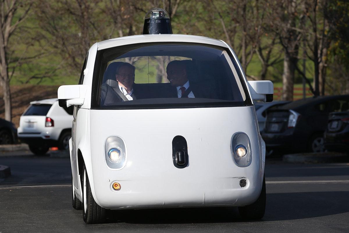 1 января 2016 года первые беспилотные машины выедут на улицы Онтарио