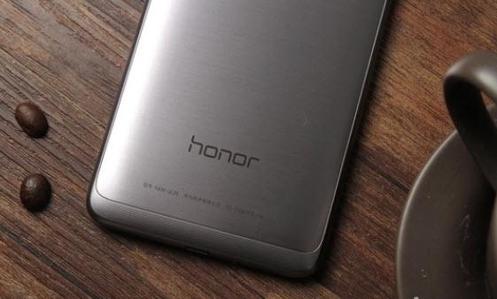 Цельнометаллический смартфон Huawei Honor 5C с SoC Kirin 650 оценен в $138