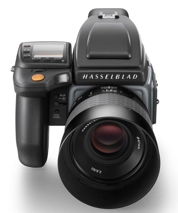 Выпуском камер среднего формата H6D компания Hasselblad отметила свое 75-летие