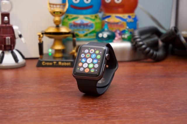 � 1 ���� ����� ���� Apple Watch �������� ���������� �������� ��� iPhone