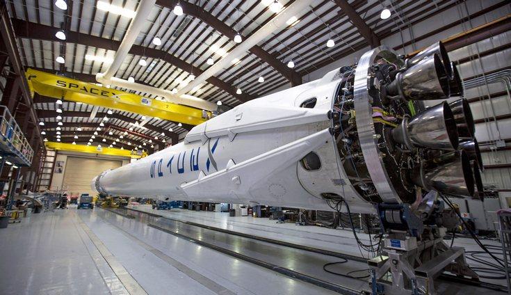 SpaceX заполучила свой первый военный контракт на запуск спутника ВВС США