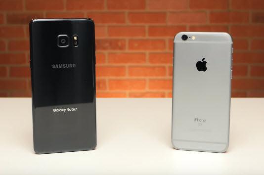 Самсунг будет торговать подержанные мобильные телефоны вразвивающиеся страны