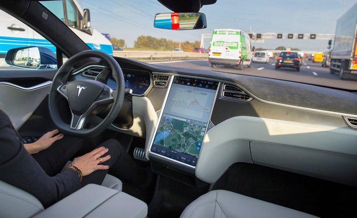 Самсунг Electronics будет поставлять полупроводники для авто Tesla Motors