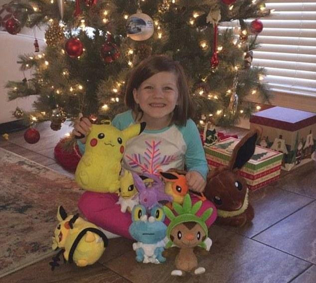 Шестилетняя девочка разблокировала iPhone при помощи пальца спящей матери и купила игрушек на 0
